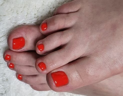 Lábápolási szolgáltatások problémás lábakra - Piros